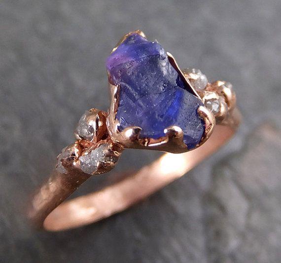 Rauwe Sapphire roze diamant gouden verlovingsring door byAngeline
