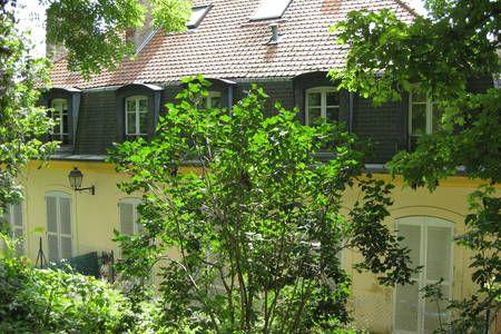 Regardez ce logement incroyable sur Airbnb : duplex dans un Hôtel particulier - Appartements à louer à Sèvres