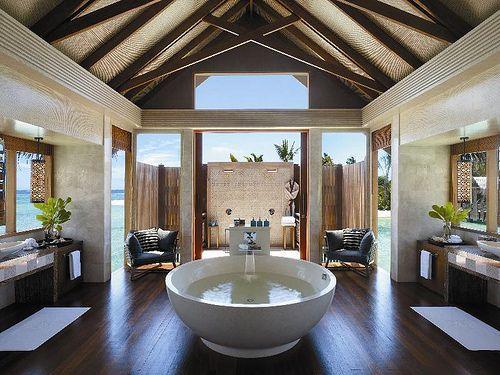bathtubs. 10  images about Exotic Bathtubs on Pinterest   Deep bathtub