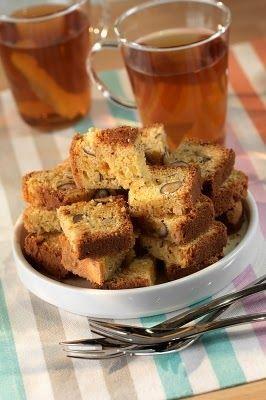 Receta de Torta de zanahoria facil. Torta de zanahoria con nueces, rica, nutritiva y facil. Prepara la torta de zanahorias