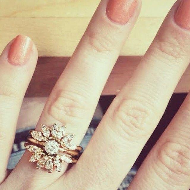 My 1940's vintage starburst wedding ring featured on Stone Fox Bride ring stories <3