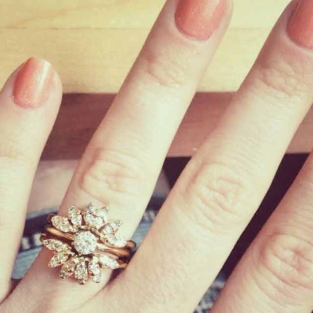 My 1940's vintage starburst wedding ring featured on Stone Fox Bride ring stories <3