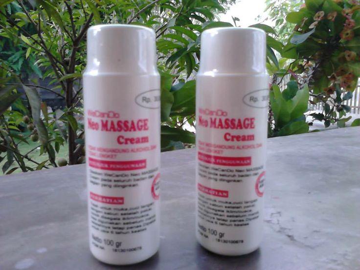 """Neo Massage Cream """"We Can Do"""" Komposisi : - Stearic Acid - Sorbitan Stearate - Polysorbate - Cetyl - Stearyl - dll sampai dengan 100% Khasiat : WeCanDo Neo Massage Cream berkhasiat untuk mengatasi pegal, linu, nyeri sendi, rheumatic, dan lain lain, ampuh untuk mengatasi keseleo, urat kaku, dan terapi penyembuhan patah tulang. Kelebihan WeCanDo Neo Massage Cream - Tidak lengket, - Tidak mengandung Alkohol, Harga : Rp 35.000 - Dan tanpa efek dingin setelahnya"""