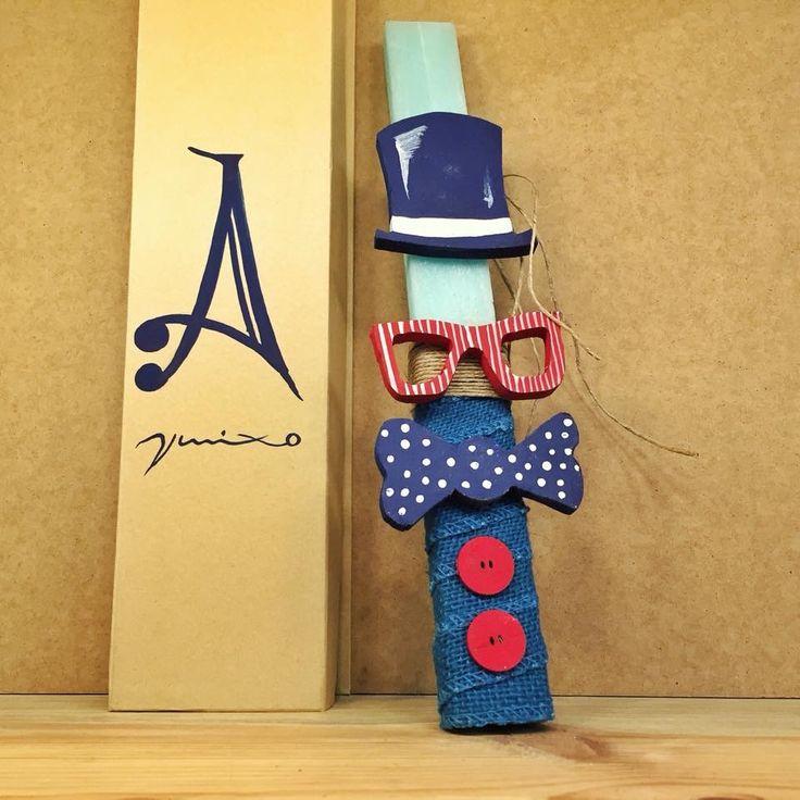 Μοναδικες Χειροποίητες πασχαλινές λαμπάδες με ξύλινα διακοσμητικά στολίδια κομμένα και ζωγραφισμένα στο χέρι απο τον καλλιτέχνη Βασίλη Μιχόπουλο. Handmadebyvmixo@gmail.com