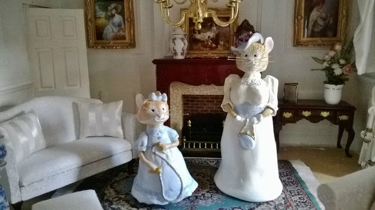 Miniature Mice for my dollhouse! inspired by Bramly Hedge.