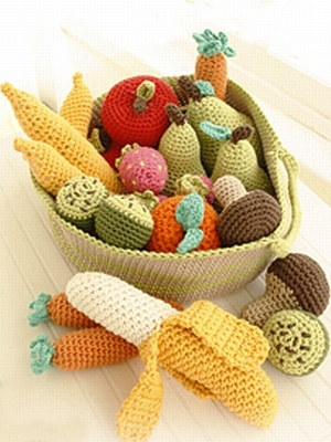 crochet pattern - fruit and vegetables with basket