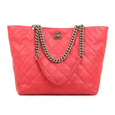 Chanel Tote in Chains. CBL Bags