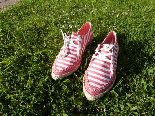 Love this Coral Love summer flats by Clarks Shoes. Candy Stripes on the feet ...how exciting