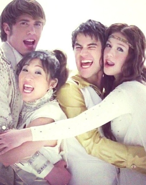 Is it wrong that I want to see Tina and Ryder together?  And I must say that Blaine's hair just looks amazing like this.