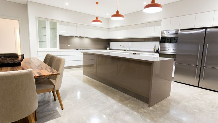 Contemporary Kitchen, modern kitchen, kitchen design, pendant lights, kitchen pendant lights, timber dining table, dining room