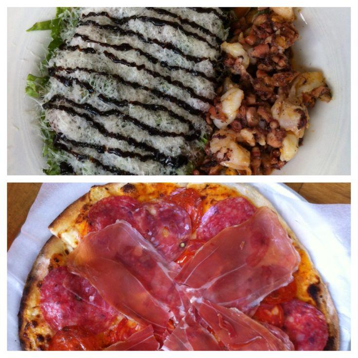 Restaurante Olivia, siempre una buena opción. Ensalada marinera y pizza Olivia, recomendado.