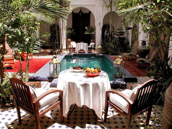 perfect moroccan courtyard: Moroccan Courtyards, Breakfast Nooks, Gardens Idea, Moroccan Decoration Outdoor, Decoration Idea, Moroccan Styles, Maroccan Styles, Pools Design, Dream Gardens