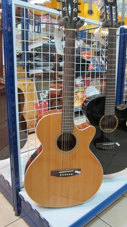 CORT SFX 1 NAT  it's a very versatile guitar. It's pretty folk-y, but it being used over a wide Acoustic range. @ 3.290.000 IDR ($329) Call Us:  021.5565.5646 / 0812.938.0852  Pembayaran via Cash / Debit BCA / Cicilan BCA / Kredit AEON, silahkan datang ke alamat kami:  Ruko New Asia No.262, Lippo Karawaci - Tangerang