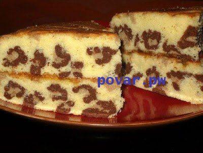 Кекс «Леопард»  Ингредиенты: Для кекса: - 100г мягкого сл.масла - 200г сахара - 4 яйца - 1 ч.л.ванильной эссенции - 150гмуки - 50г кукурузного крахмала - 1 ч.л.разрыхлителя - щепотка соли -какао  Сл.масло взбить с сахаром добела Размешать яйца вилкой, добавить ванильной эссенции и, взбивая, соединить с маслом в 4-5 приема Просеять муку, кукурузный крахмал, соль и разрыхлитель. Мешая лопаткой снизу вверх в 3 приема добавить мучную смесь. Разделить тесто на 2 части. Одну часть отложить. Другую…