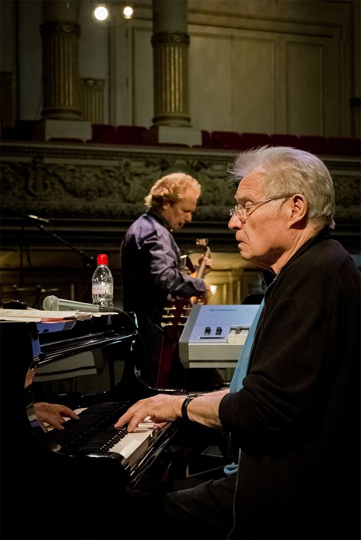 Tre live sessions e due Masterclass per due giganti del jazz: Dave Grusin e Lee Ritenour a Roma il 26 e 27 marzo! http://www.elisabettacastiglioni.it/attivita/news/dave-grusin-lee-ritenour-triplice-live-a-roma.html