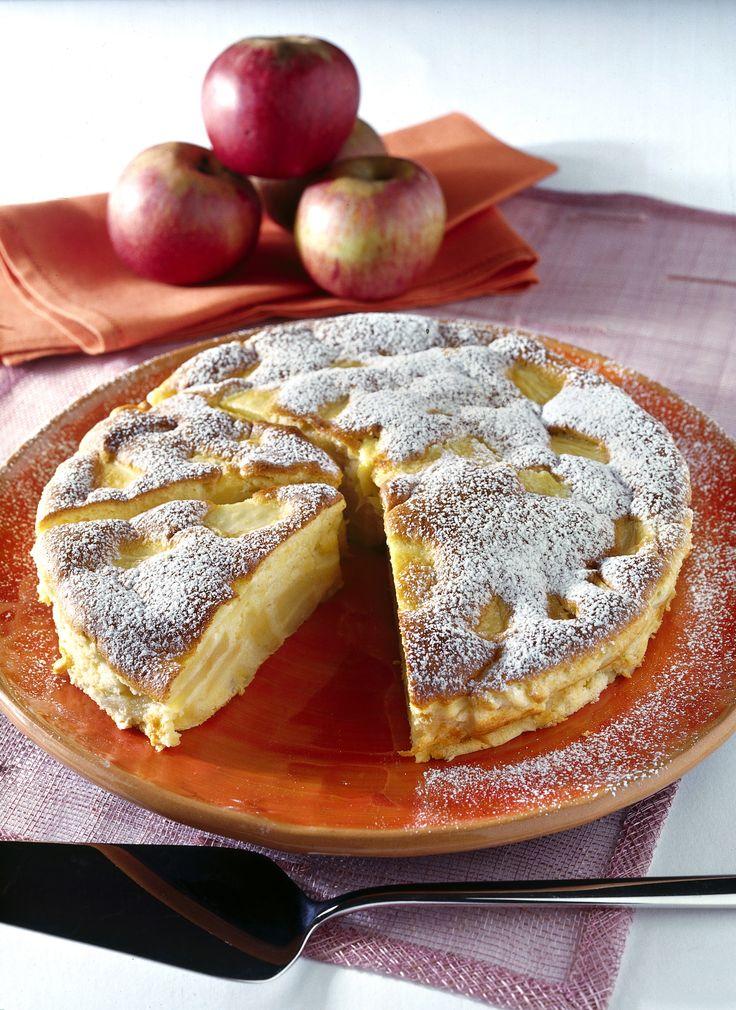 Cerchi una ricetta facile e veloce per preparare un'ottima torta di mele light? Prova quella proposta da Sale&Pepe e sarà un successo sicuro!
