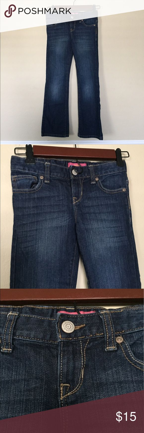Old Navy Jeans Girls old navy boot cut style jeans, size 7/medium. In great condition. Old Navy Bottoms Jeans