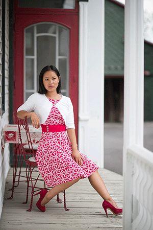 Robes diva rose et boléro maestro blanc par Rien ne se perd, tout se crée... www.rienneseperd.com