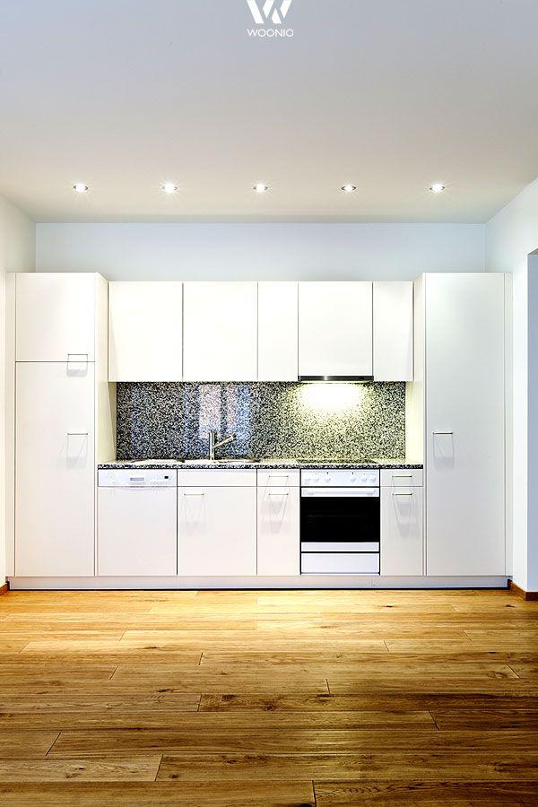 die beleuchtung spielt in der k che eine gro e rolle hier sind die deckenstrahler perfekt. Black Bedroom Furniture Sets. Home Design Ideas