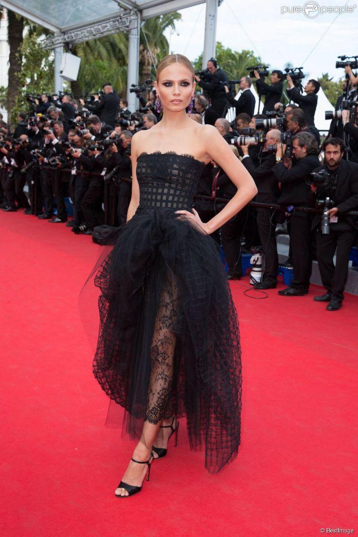 NATASHA POLY IN Oscar de la Renta Cannes film festival 2014 - Pesquisa Google