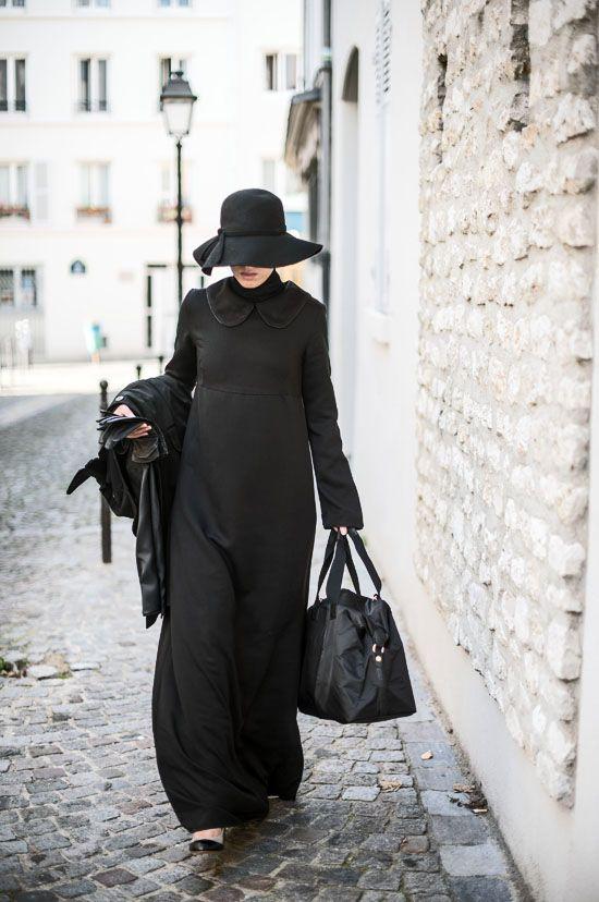 les 25 meilleures id es de la cat gorie robe noire col claudine sur pinterest robe manche. Black Bedroom Furniture Sets. Home Design Ideas