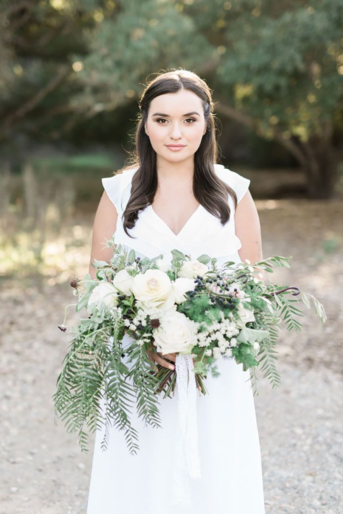 Natural wedding | organic wedding bouquet | herb bridal bouquet | Blooms by Breesa Lee | Natural wedding makeup | Kinfolk wedding | Whiskers and Willow Photography