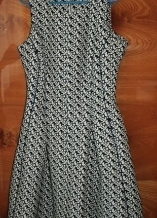 Kup mój przedmiot na #vintedpl http://www.vinted.pl/damska-odziez/sukienki-wieczorowe/13969566-sliczna-rozkloszowana-sukienka-orsay-zip