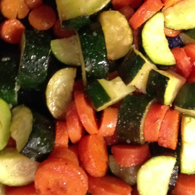 Roasted veggies with a sweet and light flavor.  Fill a 9x13 baking dish with chopped veggies. Drizzle with olive oil (about 4 T). Then season with approximately 1/2 t Salt, 1/4 t pepper, 1 t garlic powder, 1 t minced onion, 2 T lemon juice. Stir until mixed and all veggies are coated. Roast at 425 for 25-30 minutes. #recipe #veggies