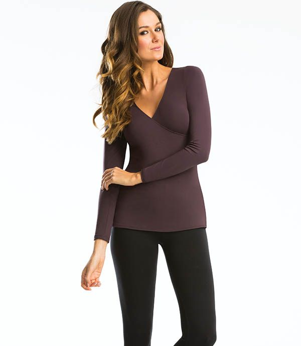 The perfect colour for your autumn wardrobe, the Crossover Top in Fudge is a flattering design and a fabulous layering piece - perfect for when the weather cools down!