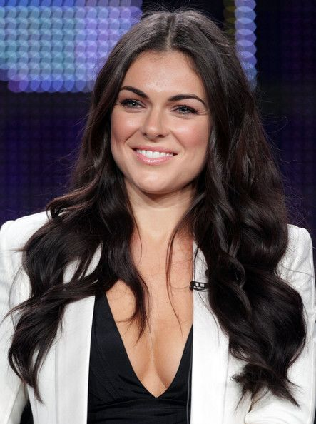 Serinda Swan | ... serinda swan actor serinda swan speaks during the breakout kings panel