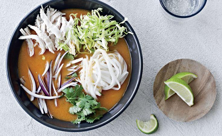 Asian hot style suppe med kylling og spidskål
