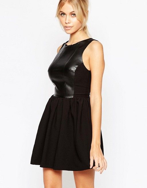 http://www.asos.fr/hedonia/hedonia-amy-robe-patineuse-avec-top-en-similicuir/prd/6057455?iid=6057455