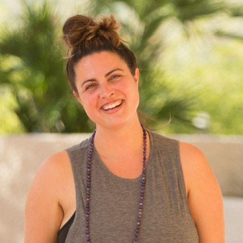 yoga-teacher-andrea-nacey