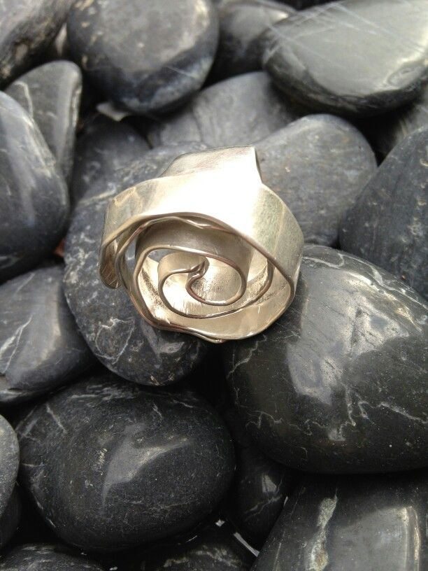 This is the third rose ring I've made and im learning heaps each time.