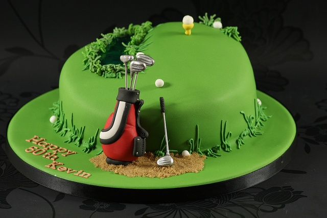 Golf Theme Cake by Kingfisher Cakes, via Flickr