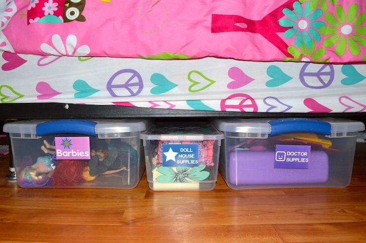 It's #ZINKhAppy Friday: Easy Way to Organize Kids Toys  #DIY #tips http://www.surfandsunshine.com/organizing-kids-toys/