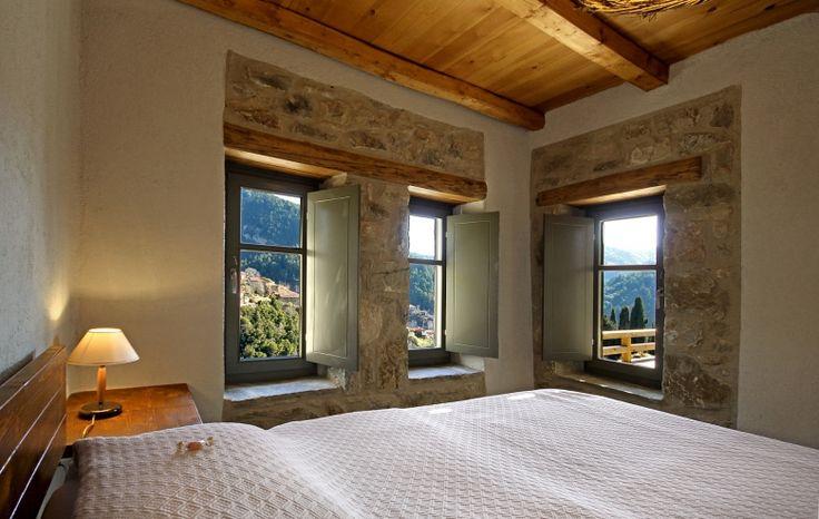 http://www.living-postcards.com/category/greek-back-mountain/pritanio-guesthouse-lakonia#.VnVB3pN96hc