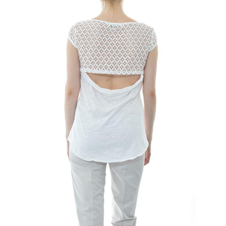 Mπλουζάκι με μισή πλάτη δαντέλα και άνοιγμα