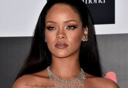 "Rihanna quebra recorde de Michael Jackson nos EUA com ""Love On The Brain"" #Bad, #Billboard, #BrunoMars, #Carreira, #DaftPunk, #EdSheeran, #Forever, #Hit, #Hot, #Hot100, #KatyPerry, #Kelly, #M, #Madonna, #MichaelJackson, #Noticias, #PrimeiroLugar, #Rihanna, #TaylorSwift, #Top10 http://popzone.tv/2017/02/rihanna-quebra-recorde-de-michael-jackson-nos-eua-com-love-on-the-brain.html"