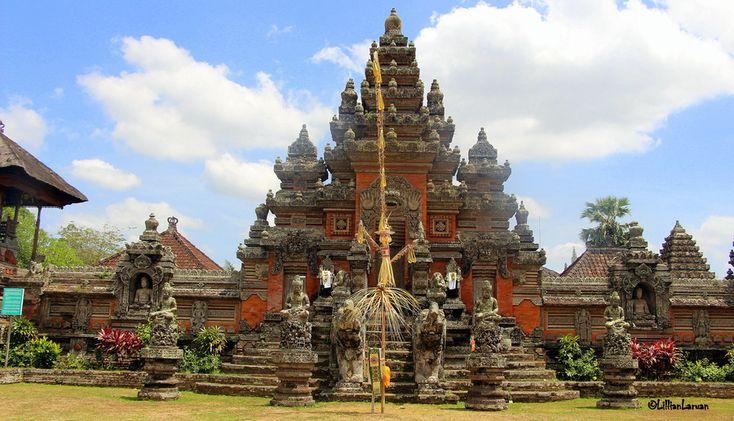 a grand Hindu temple at Batu Bulan, Gianyar, Bali