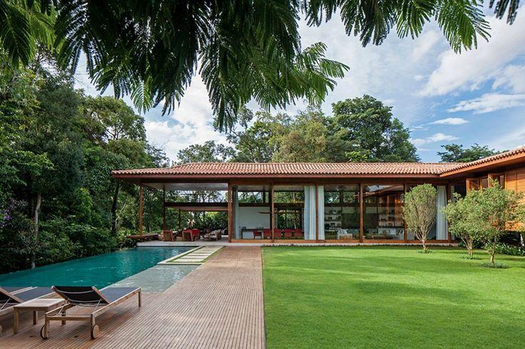 GS Residence   Itu, São Paulo, Brazil   Jacobsen Arquitectura   photo by Leonardo Finotti