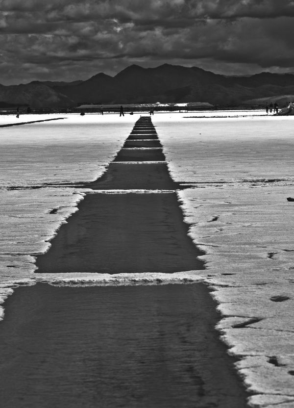 Salinas grandes, salt lake, Salta, Argentina by Maciej Dudzik, via Behance