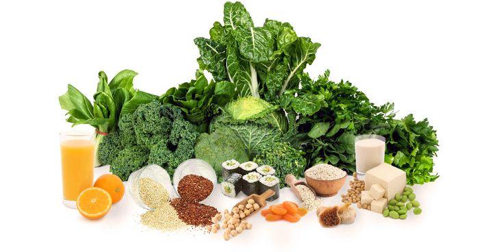 Existem diversasvariedades de leguminosas e cada uma delas é boa para a nossa saúde, desde a ervilha, às lentilhas, ao feijão até às favas.   IMPORTÂNCIA NUTRICIONAL DAS LEGUMINOSAS Elevado teor de proteína: 1/2 chávena de feijão é equivalente a 56gr de proteína magra. Elevado teor de fibra: ½ chávena de feijão seco cozido...