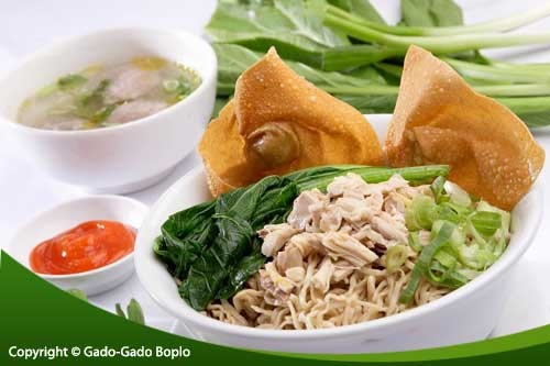 Bakmi Ayam...only in Indonesia...one of my fav food