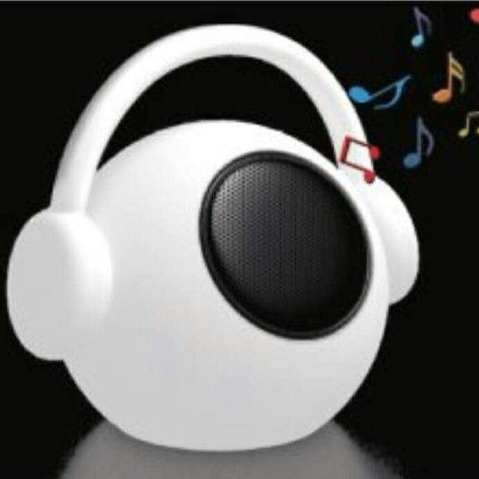 Si buscas un regalo práctico y original.... En Lamparas y Regalos,lo tenemos!!  ALTAVOZ PORTÁTIL BLUETHOOTH   --> Cómpralo -->. http://www.lamparasyregalos.es/moderno/3006-wazowsky-altavoz-portatil-con-luz-con-mando-a-distancia.html  #lamparasyregalos #altavoz #wazowsky #led #musica #mantra #regalos #navidad #original #nuevo #regalo #enviosonline #tiendaonline #españa
