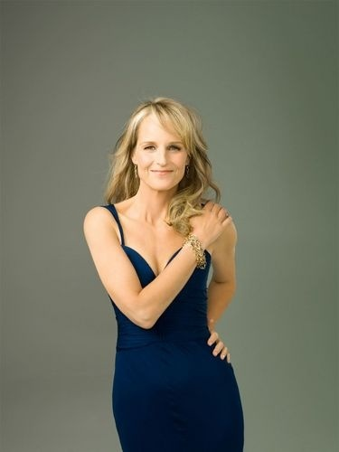 "ⓦ Women's Wisdom & Wit ⓦ funny & inspirational quotes from women aging gracefully | Helen Hunt:  ""I do eat well. I try to love my body. That is what I tell my daughter. I say, 'Love every bite of food. Love your body. We're all going to be dead soon.' Actually I don't say that last thing to her!"""