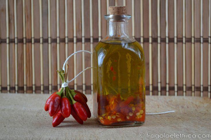 Olio al peperoncino / Chilli oil