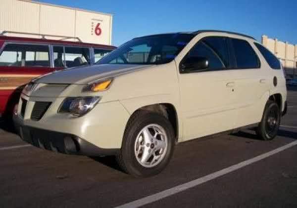 The Best Cars of Breaking Bad: 2004 Pontiac Aztek