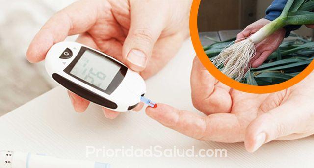 La diabetes es una enfermedad común que puede durar toda la vida. Ocurre cuando una persona tiene demasiada glucosa en la sangre, porque el páncreas no puede producir suficiente insulina.\r\n\r\n[ad]\r\n\r\nEn caso de diabetes, el cuerpo no puede producir suficiente insulina para mantener el nivel normal de azúcar en la sangre. Oficialmente, todavía no hay cura para la diabetes, pero se puede controlar y se puede llevar una vida normal.\r\n\r\n\r\n\r\nEs bien sabido que la insulina puede…