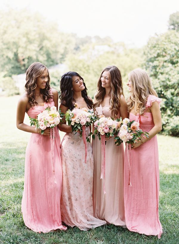 Peachy Amsale bridesmaid dresses in Southern Weddings V7 | Tec Petaja